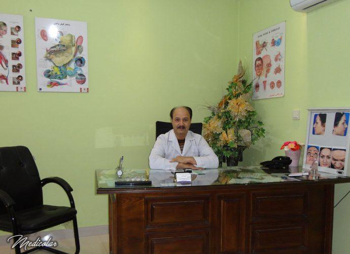 دکتر عباس رنگین: متخصص گوش حلق بینی مشهد